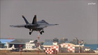 Three F/A-18 Super Hornet,Landing